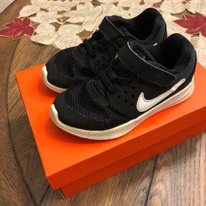 Toddler Nike 9c